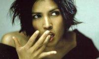«Twist in my Sobriety»: загадочный видеоклип на хит Таниты Тикарам