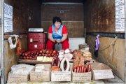 15 колоритных рынков в бывших советских республиках, не изменившихся за четверть века