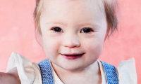 Двухлетняя девочка с синдромом Дауна стала лицом крупнейшей сети магазинов одежды в Великобритании