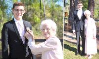 С бабушкой на выпускной: школьник пришел на бал с очаровательной 93-летней спутницей