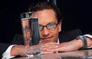 Сомелье воды: уникальный специалист зарабатывает деньги, пробуя воду на вкус