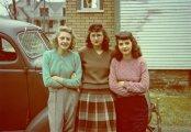 Мода и стиль военного времени: 20 ретро фотографий, которые показывают, что женщины носили в 40-х годах ХХ столетия